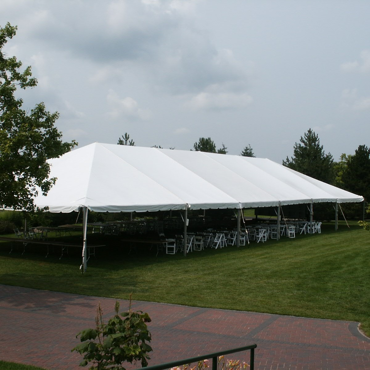 40x100 Frame Tent